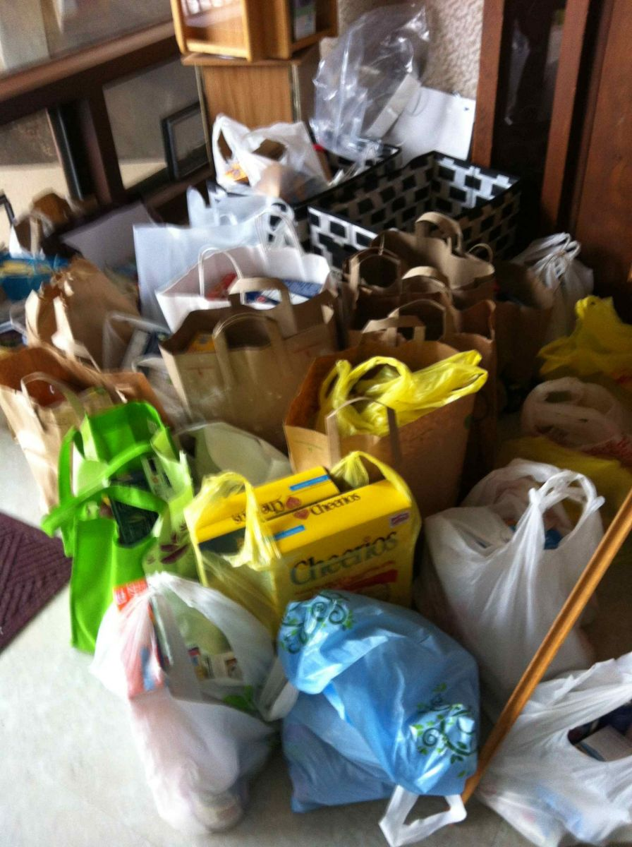CUC collects Items for Ecumenical Food Pantry